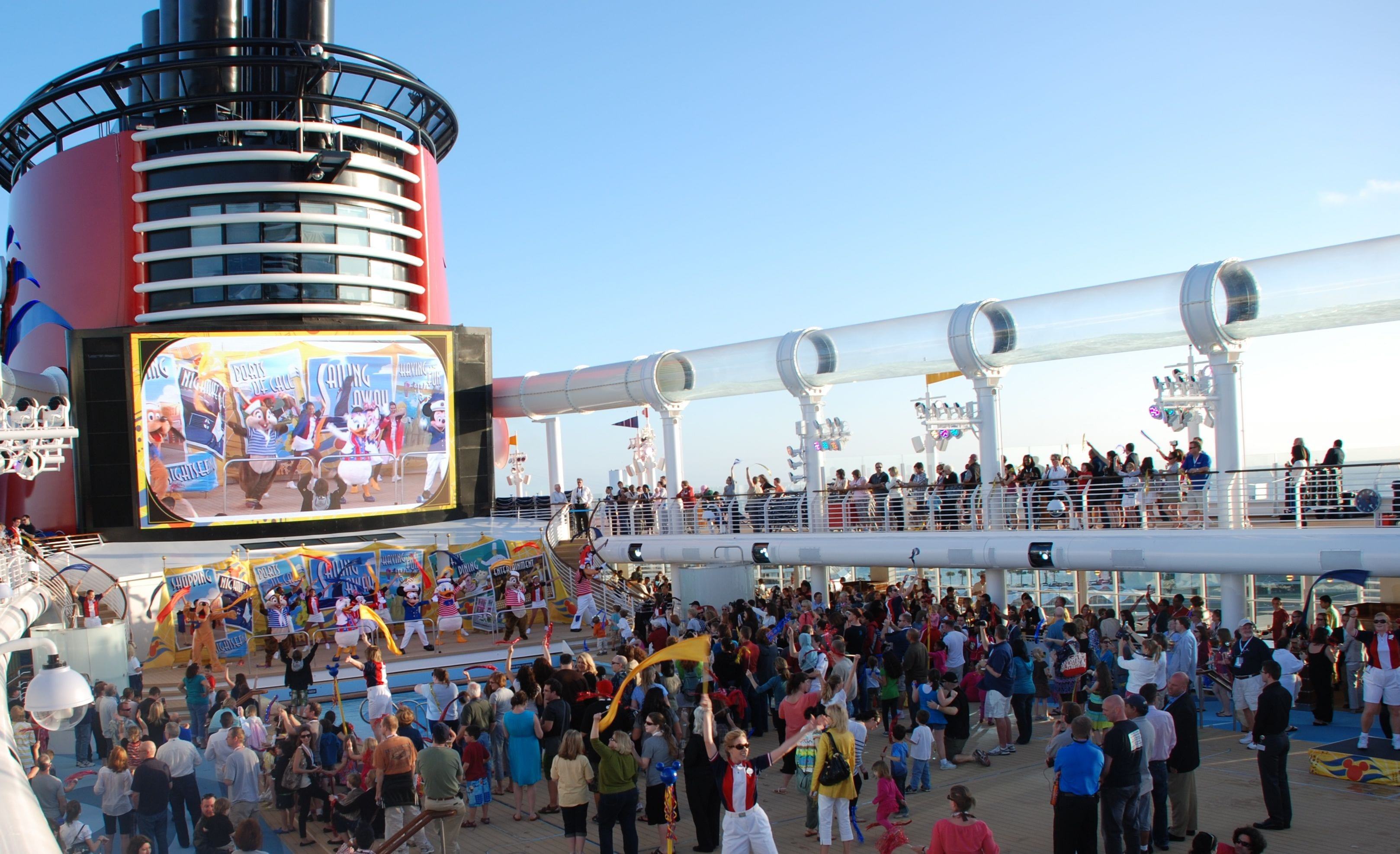 THE DISNEY DREAM CRUISE REVIEW WITH PRICES