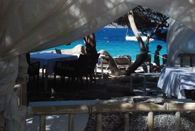 Cbbc view through to beach