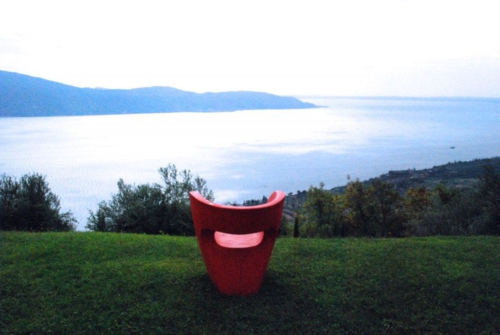 Lefay - the red chair