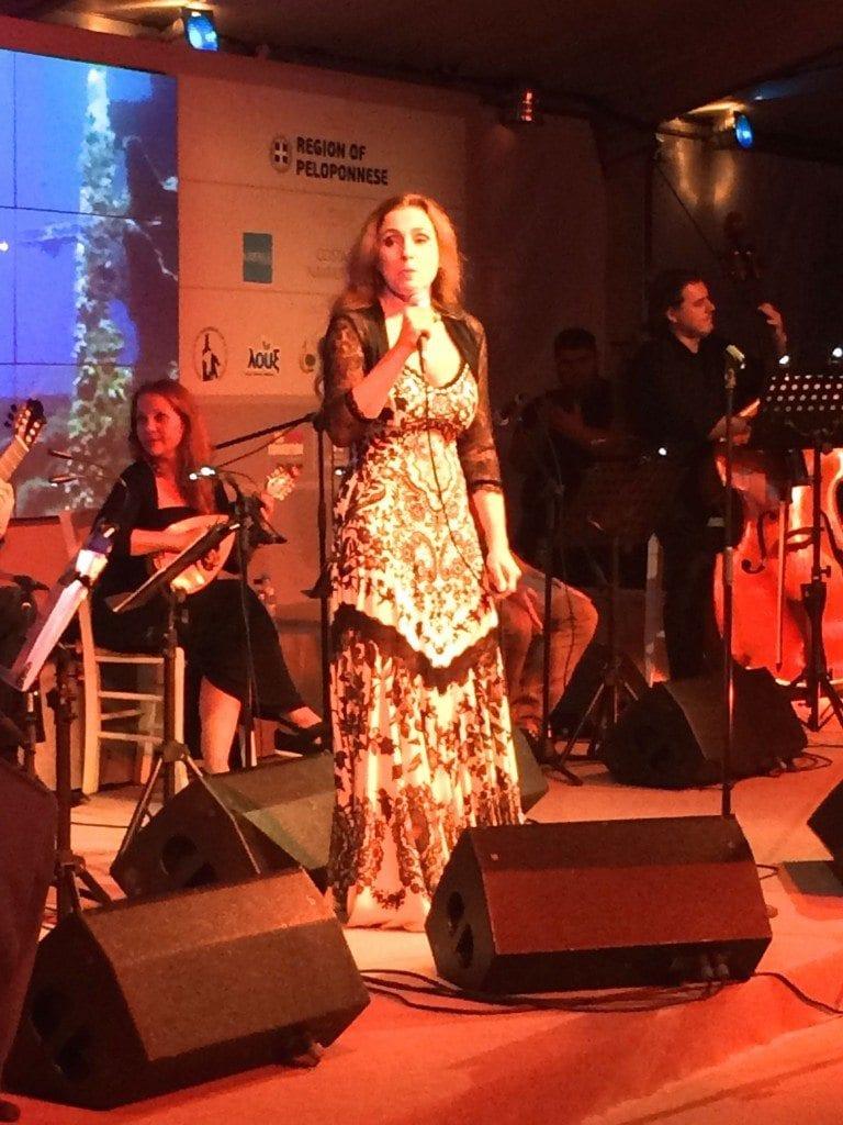 CN gala party singer