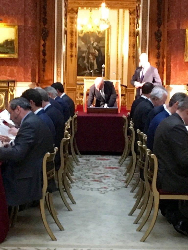 W Hague signing